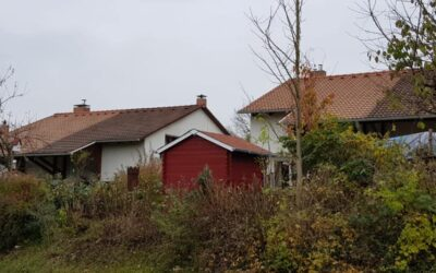 In Ravensburg vor 2 Jahren 2 Einfamilienhäuser mit Beton-Zie…