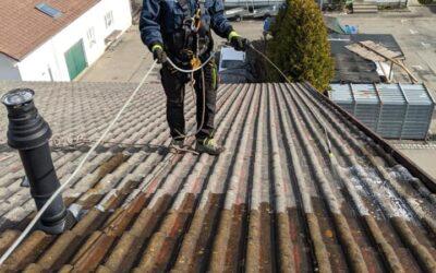 So schaut es aus wenn die Dachprofis sich auf dem Dach siche…
