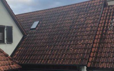 Auch dieses Dach bekommen wir wieder sauber   Bei Interess…